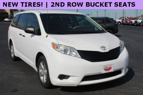 Pre-Owned 2012 Toyota Sienna Base