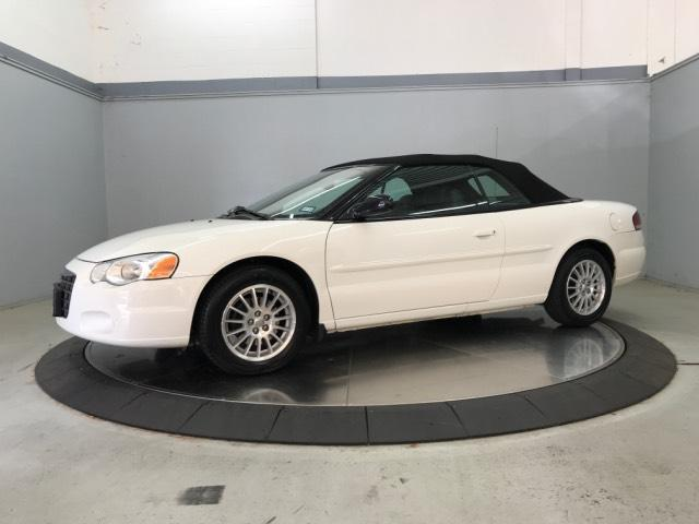 Pre-Owned 2004 Chrysler Sebring 2004 2dr Convertible LXi
