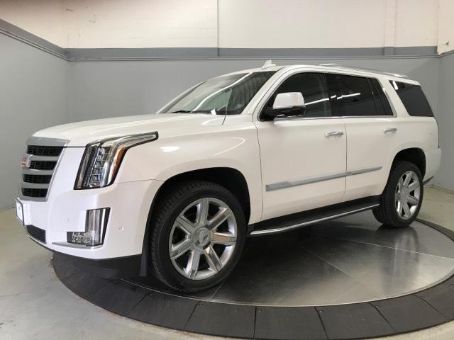 Pre-Owned 2017 Cadillac Escalade 2WD 4dr Luxury