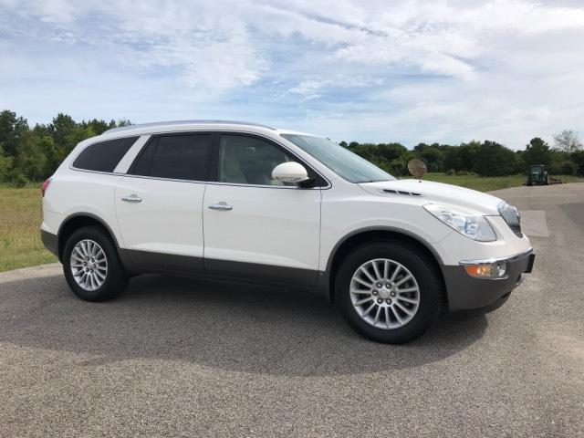 Pre-Owned 2008 Buick Enclave FWD 4dr CXL