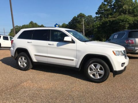 Pre-Owned 2013 Jeep Grand Cherokee RWD 4dr Laredo